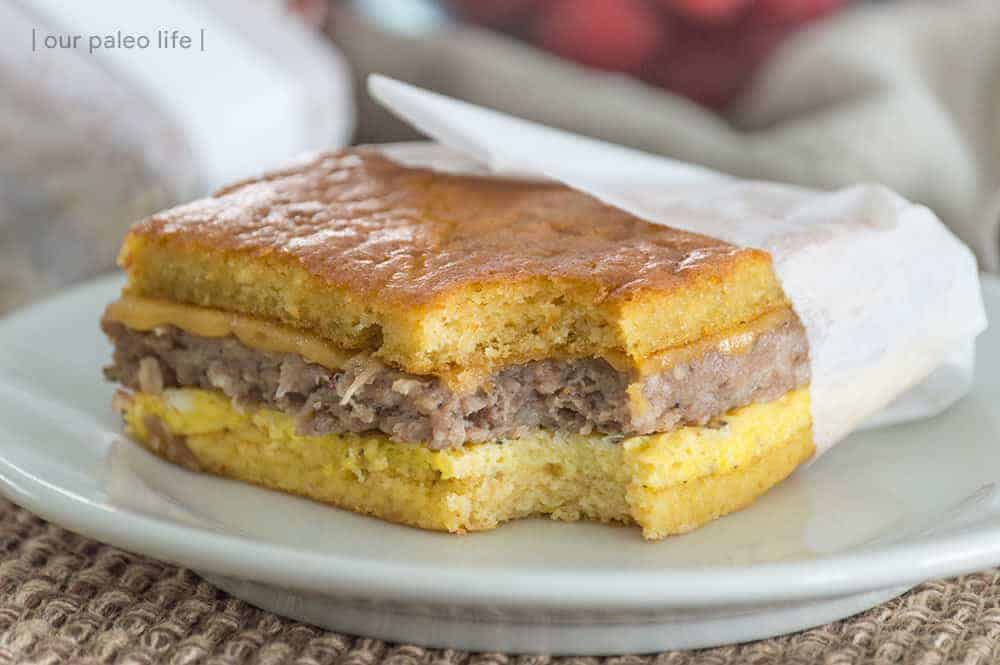 Keto Breakfast Sandwich {2g carbs per sandwich}